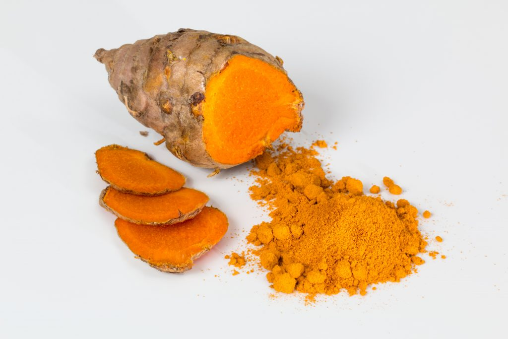 Fresh and dried turmeric